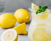 6 ползи от сутрешния прием на лимонена вода